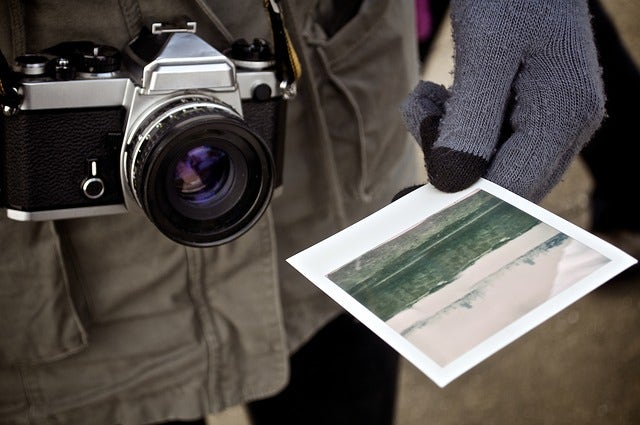 instant-photo-print-travelling
