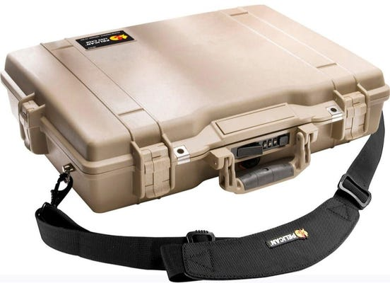 Pelican 1495 Desert Tan Deluxe Computer Case