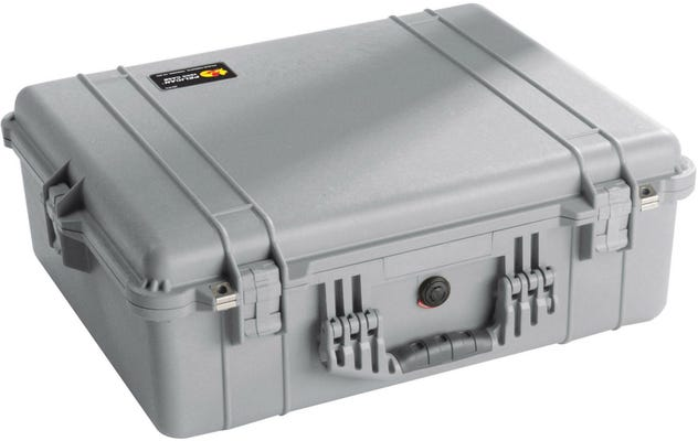 Pelican 1600 Silver Case with Padded Dividers