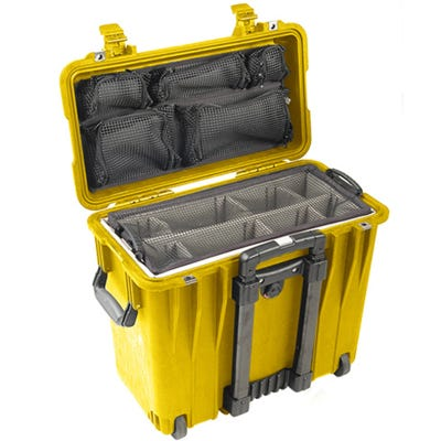Pelican 1440 Yellow Case with Divider Lid