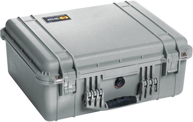 Pelican 1550 Silver Case