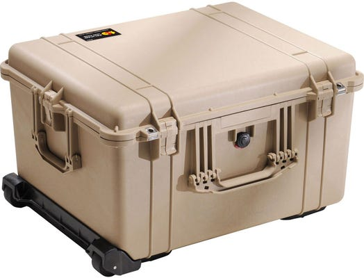 Pelican 1620 Desert Tan Case with Padded Dividers