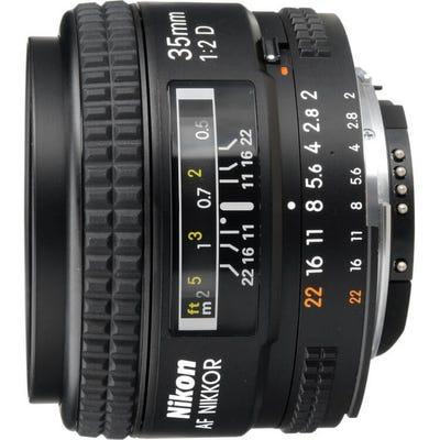 Nikon AF 35mm f/2D Wide Angle Lens